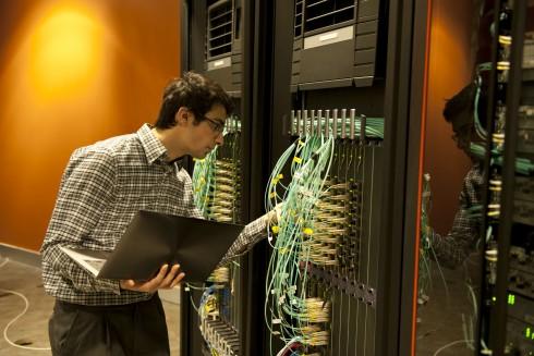 Ausbildung in der IT-/Computerbranche: Der Computer ist ein unverzichtbares Arbeitswerkzeug.