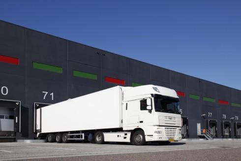 In einer Ausbildung der Logisitkbranche müssen Güter bewegt werden